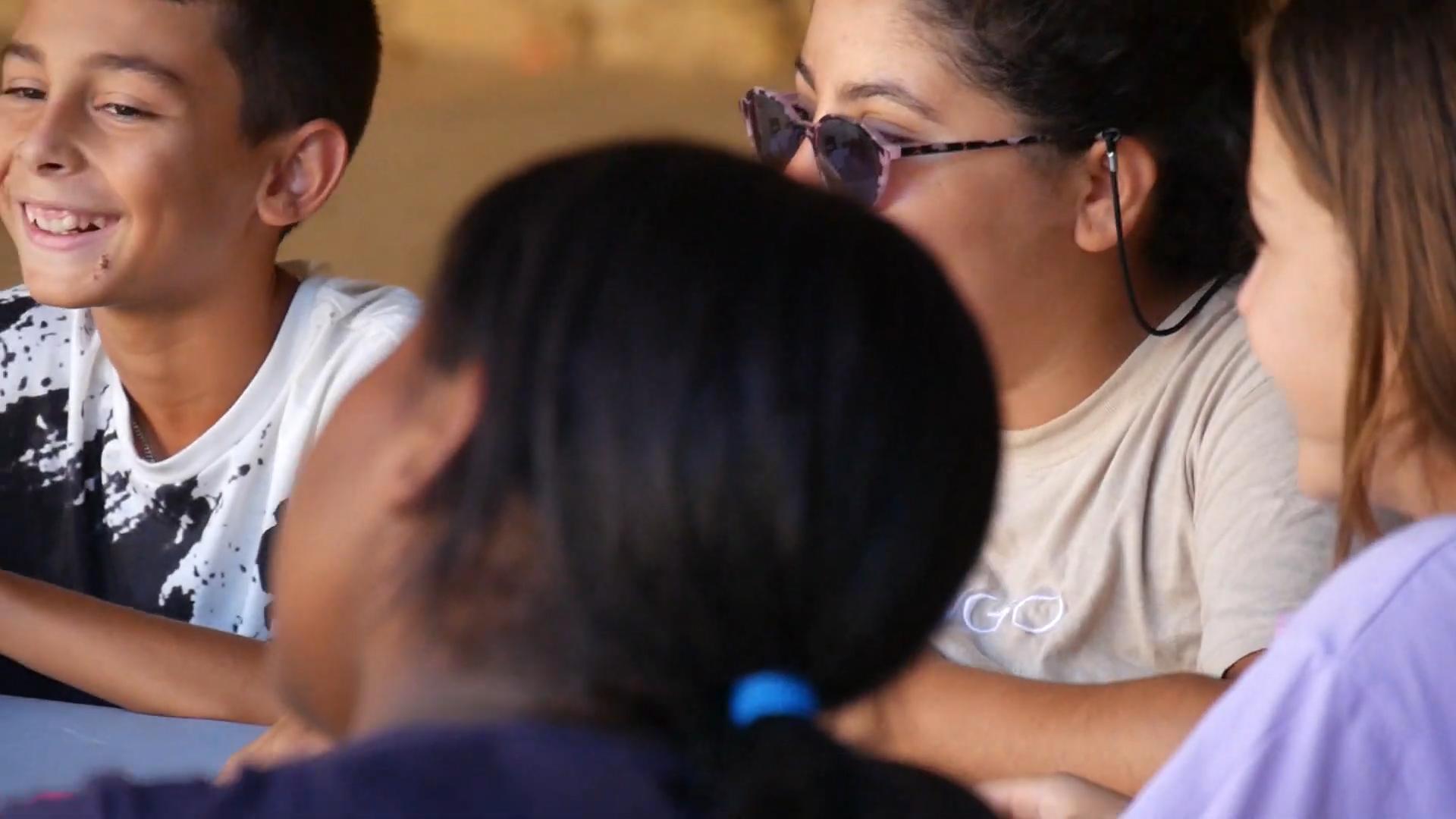 Read more about the article Condition des femmes, les enfants prennent la parole en rap